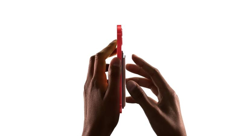 iPhone 12全系列備有MagSafe磁吸機背,已有大量官方配件推出。
